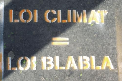 Loi climat.JPG