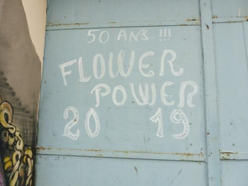 Flower Power Sète.JPG