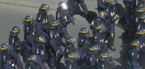 Manifestation police.JPG